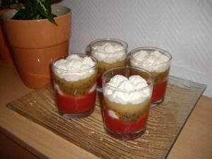 imgp1442 300x225 Verrines aux Fruits et Crème Chantilly