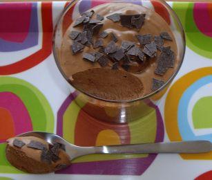 mousse au chocolat de cyril lignac les recettes de la cuisine de asmaa. Black Bedroom Furniture Sets. Home Design Ideas