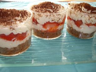 imgp4422 Tiramissu fraises cookies chocolat