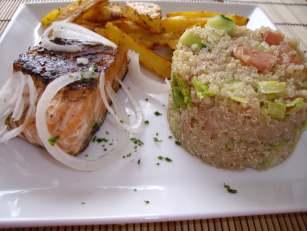 imgp4712 Saumon grillé et salade Quinoa
