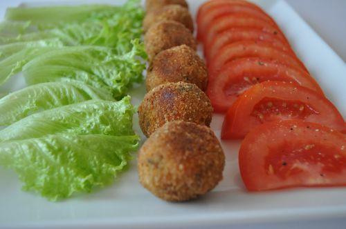 boulettes de thon et legumes
