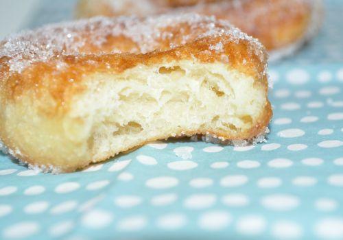 Beignets au sucre les recettes de la cuisine de asmaa - Pate a beignet avec levure de boulanger ...