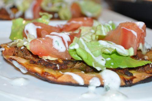 DSC 0036 Lahmacun   Pizza Turque