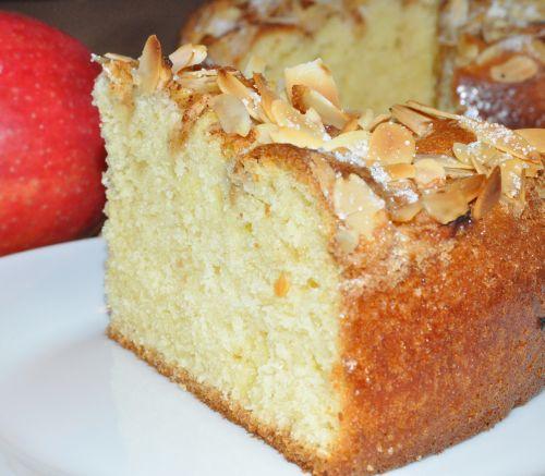 DSC 0024 Gâteau aux pommes et à la cannelle