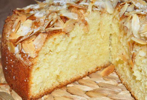 DSC 0028 Gâteau aux pommes et à la cannelle
