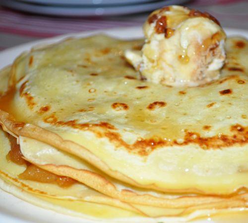 12 Gâteau de Crêpes façon Tarte Tatin