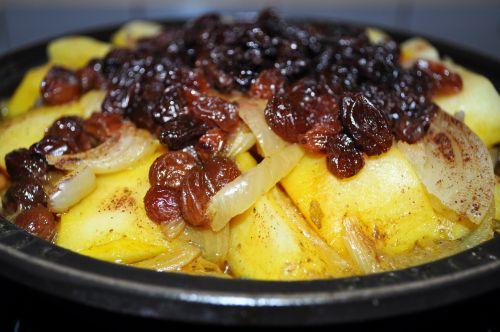 tajine aux oignons et raisins secs