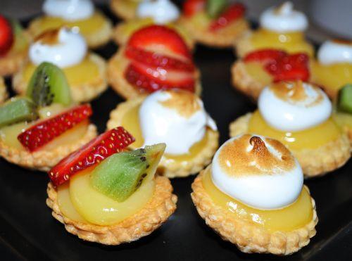 DSC 0081 Minis tartelettes au citron meringuées