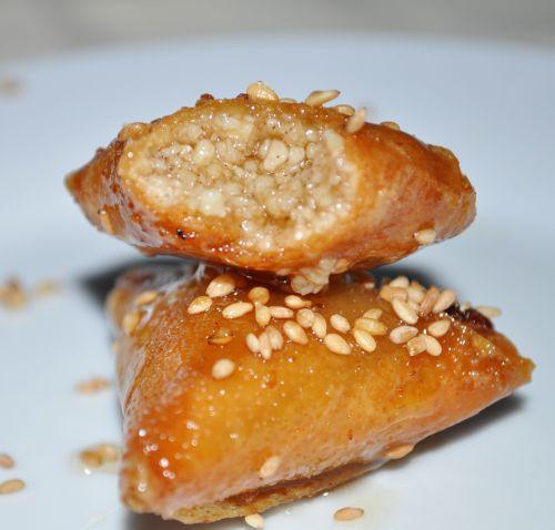 briouates aux amades recette rachida amhaouche