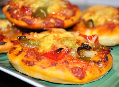 15 Mini pizza aux poivrons