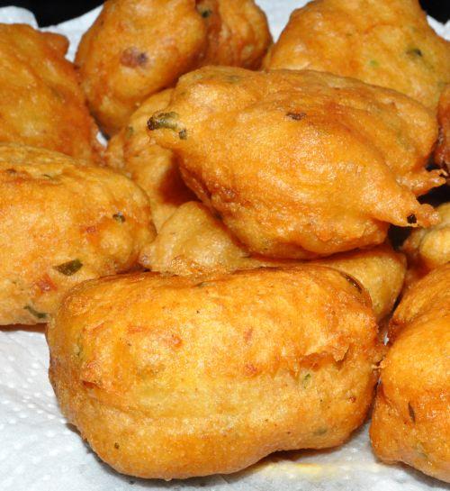 Beignets au thon les recettes de la cuisine de asmaa - Recette beignet levure de boulanger ...