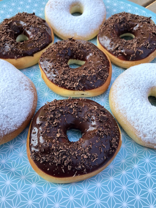donuts four